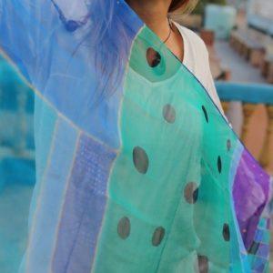 Pañuelos de seda color Naseema Agua