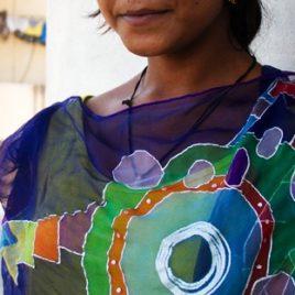 Pañuelos de seda color Aarti Índigo