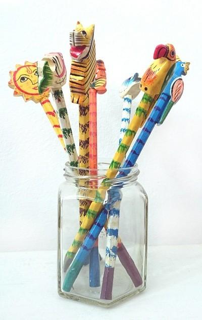 Lápices regalos solidarios de la ONG Semilla para el Cambio