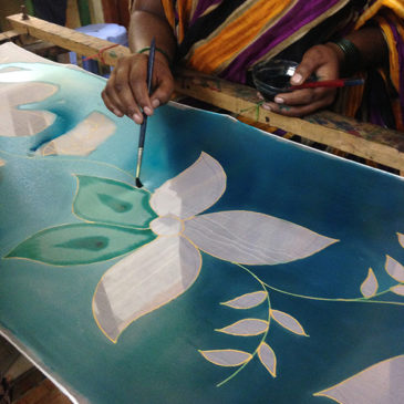 El taller de Marina Silk inicia de nuevo su actividad con la llegada del calor