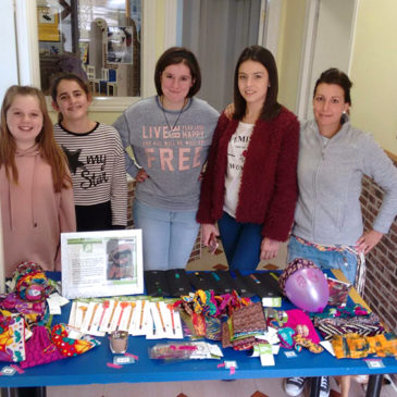 El centro Rubick lleva los regalos solidarios de Semilla a Castro Urdiales