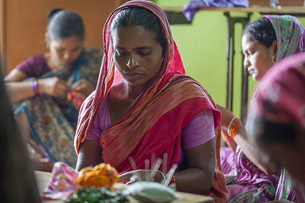 Empoderamiento de la mujer - taller de artesanía - semilla para el cambio