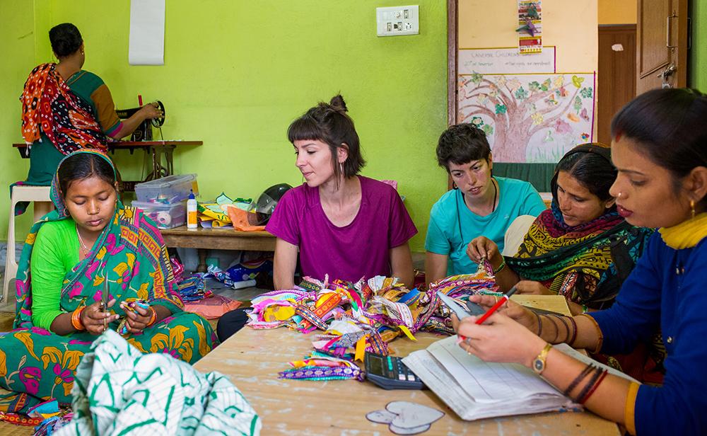 Visitas ONG India - Taller Artesanía - Semilla para el Cambio