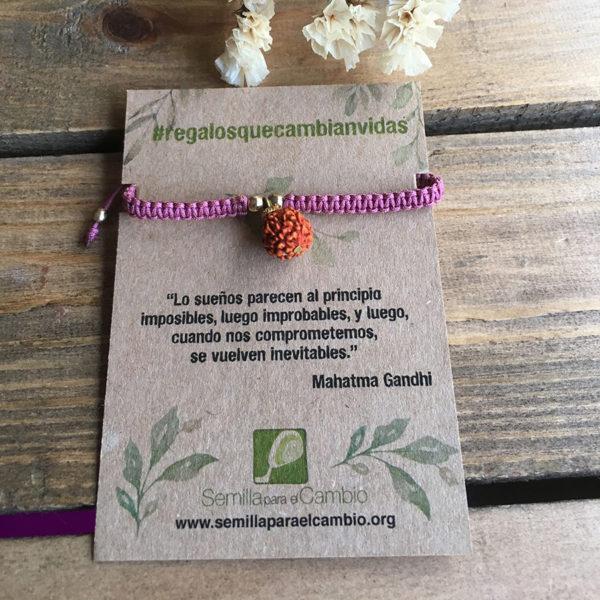 Pulsera rudraksha - regalos solidarios - semilla para el cambio