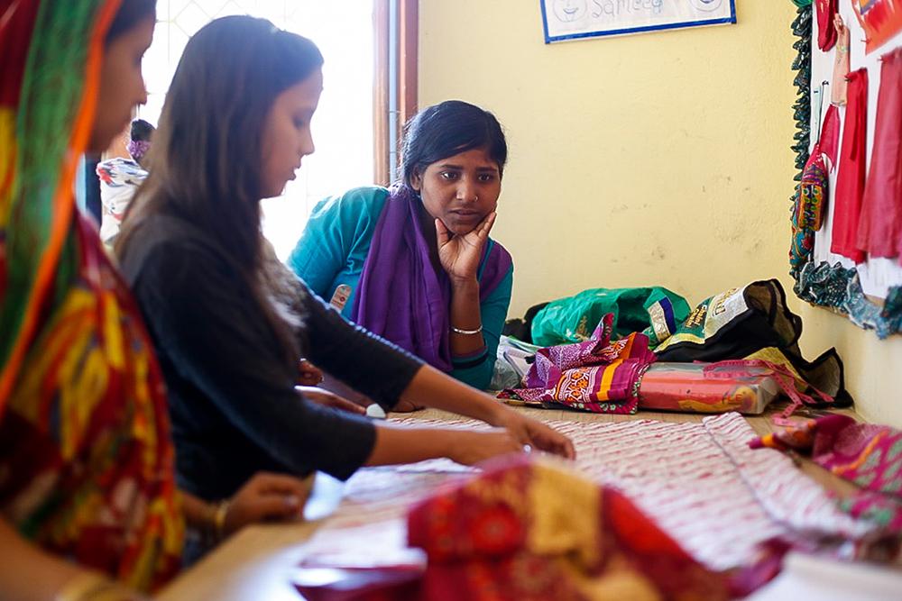 Costura - Con M de Mujer - Semilla para el cambio